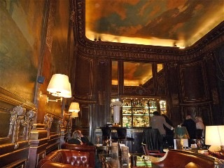 Le Bar 228, Le Meurice Paris